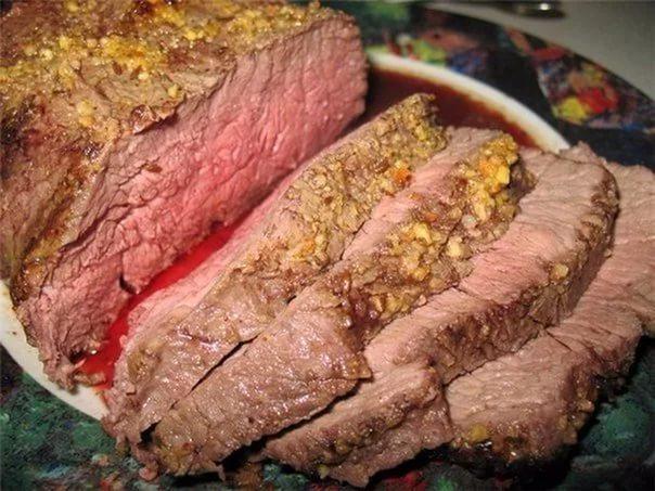 Как вкусно приготовить мясо в духовке говядину
