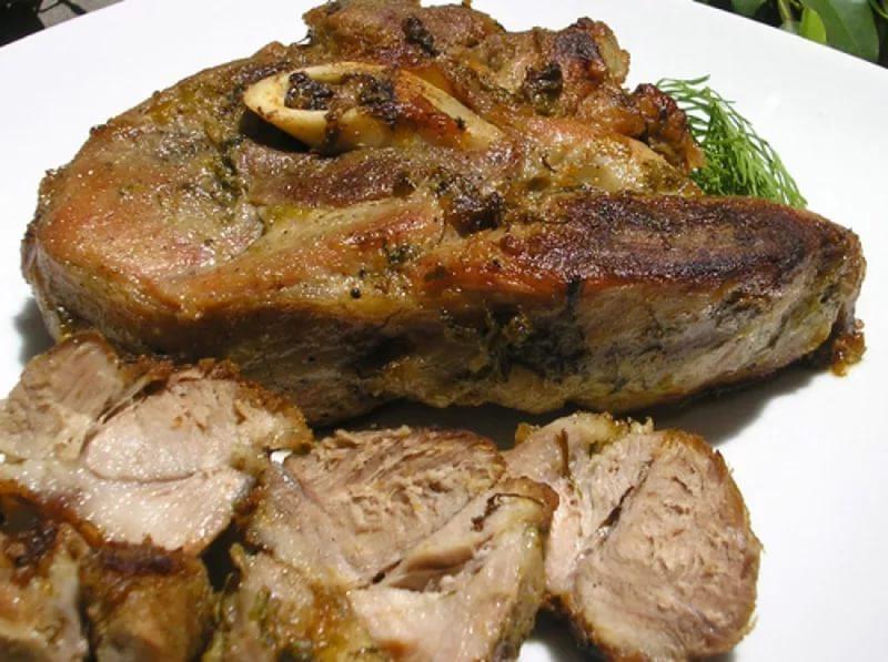 Рецепты лопатки свинины фото