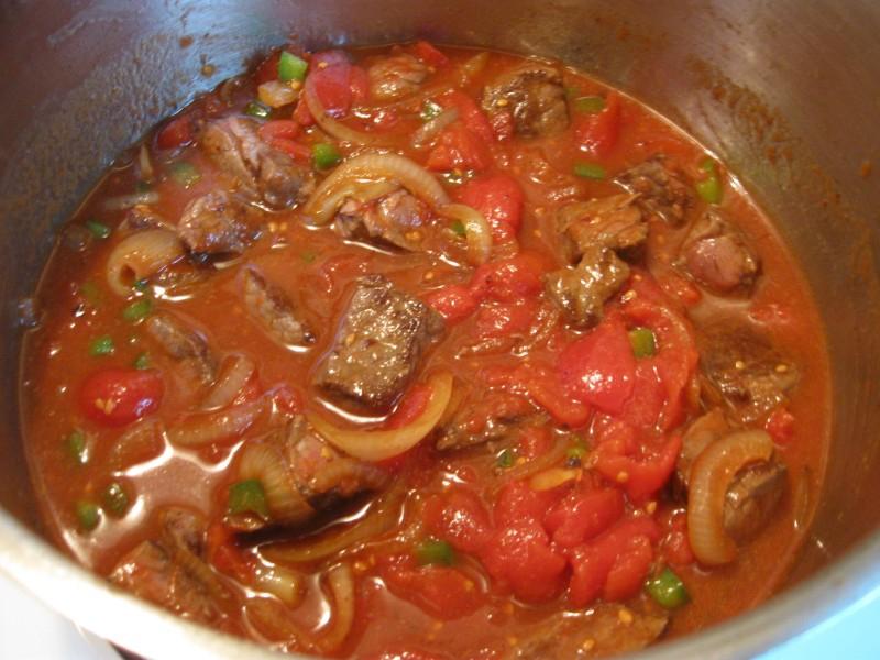 Рецепт тушеного мяса с подливкой